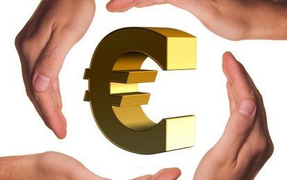 Rééquilibrer son budget avec un rachat de crédits, solution de refinancement